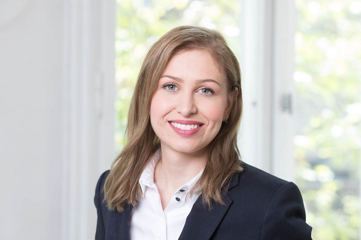 Attorney at law Elisabeta Schidowezki, Berlin